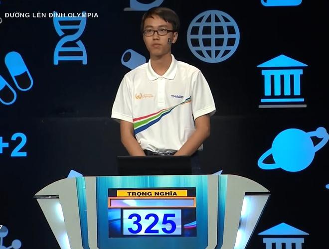 Nam sinh tu nhan la 'trai thang' gianh vong nguyet que voi 325 diem hinh anh 2