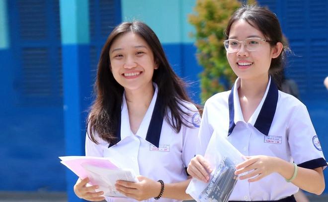 'Danh thuc tiem luc dat nuoc' vao de thi Ngu van 2018 hinh anh