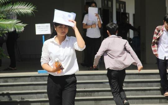 Mot thi sinh Quang Nam dat 9,75 diem Ngu van hinh anh
