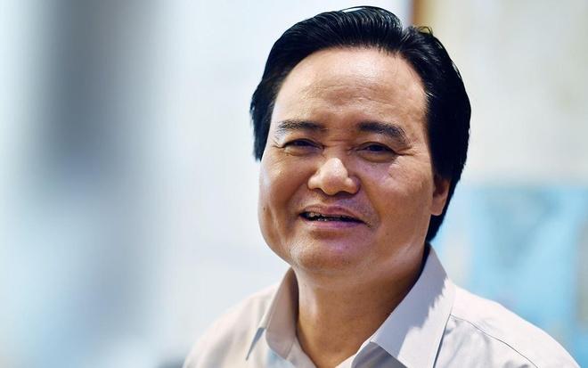 Bo truong Phung Xuan Nha giai trinh ve tieu cuc thi cu, sach giao khoa hinh anh