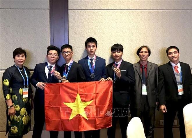Viet Nam co huy chuong vang Olympic Thien van hoc quoc te dau tien hinh anh 1