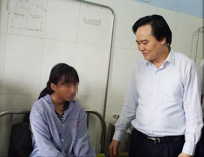 Nu sinh Hung Yen bi danh hoi dong da on dinh tam ly, muon quay lai hoc hinh anh 1
