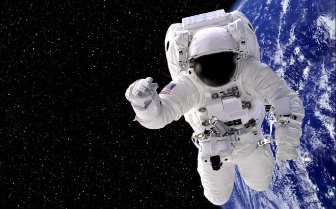 Hanh trinh kho nhoc tro thanh phi hanh gia NASA hinh anh