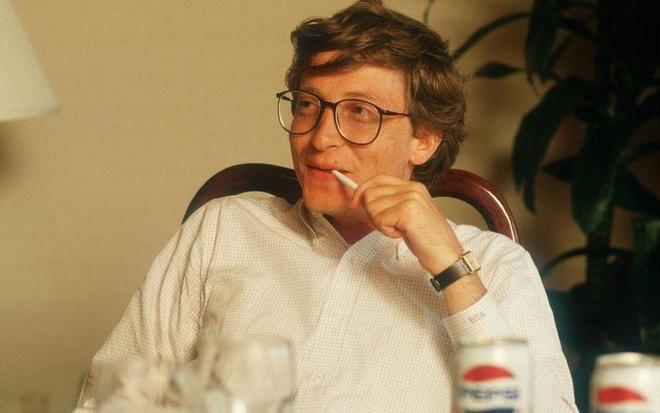 20 giay giai cau do lam kho ca Bill Gates va cuu sinh vien Harvard hinh anh