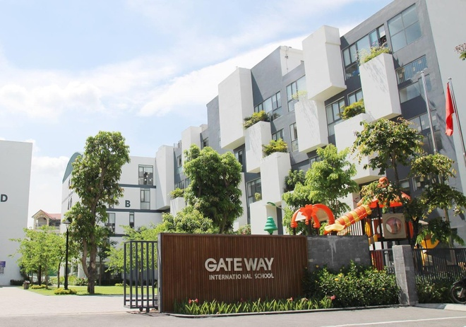 5 nghi van vu hoc sinh truong Gateway tu vong vi bi bo quen tren oto hinh anh 1