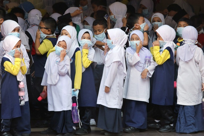 Hang nghin truong hoc Malaysia, Indonesia dong cua vi chay rung hinh anh 1