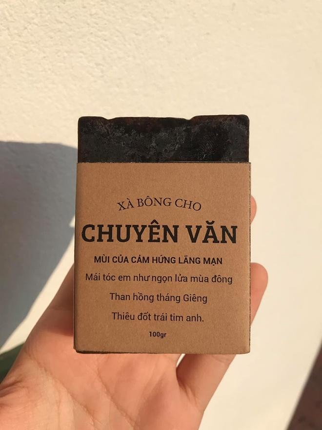 Hoc sinh truong chuyen ban xa bong gan voi tung mon hoc hinh anh 4