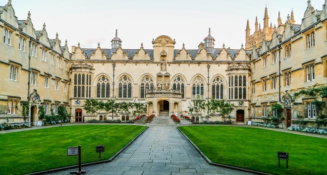 Học phí 800 triệu đồng/năm có thể du học ở đâu?