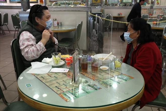 Nha hang Hong Kong dung 'la chan' vi khach so mon lau hinh anh 1 3.png