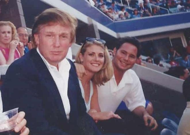 ong Trump bi to quay roi tinh duc anh 3
