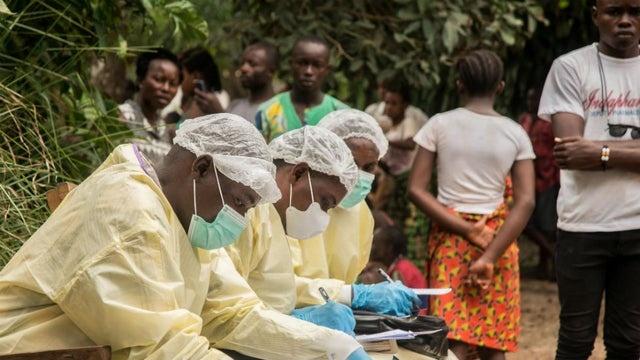 Ebola anh 1