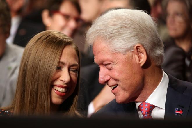 WikiLeaks tiet lo chuyen kiem tien cua Bill Clinton hinh anh 2