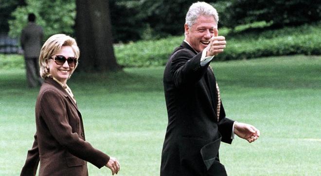 Trump hay Clinton deu phai tu tra tien don do den Nha Trang hinh anh