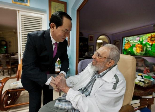 Fidel Castro qua doi anh 1
