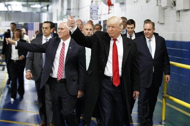Noi cac cua Donald Trump se giau nhat lich su My hinh anh