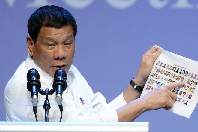 Duterte giet nguoi de cuu nguoi anh 1