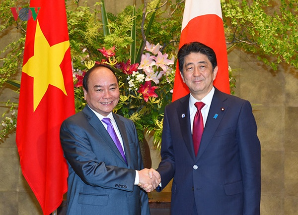 Thu tuong Nhat Shinzo Abe tham Viet Nam vao tuan toi hinh anh
