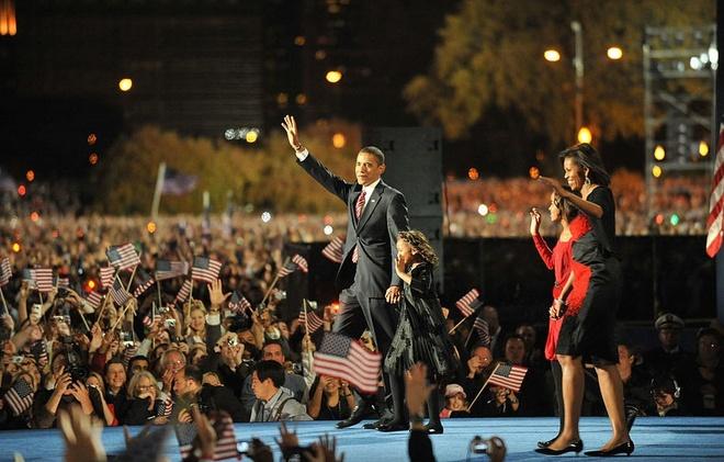 Obama tro ve Chicago cho phat bieu tu biet hinh anh 2