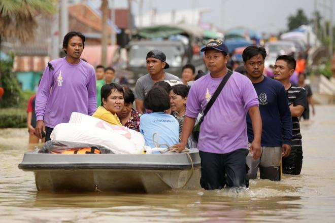 Thai Lan lut do mua trai mua, 25 nguoi thiet mang hinh anh