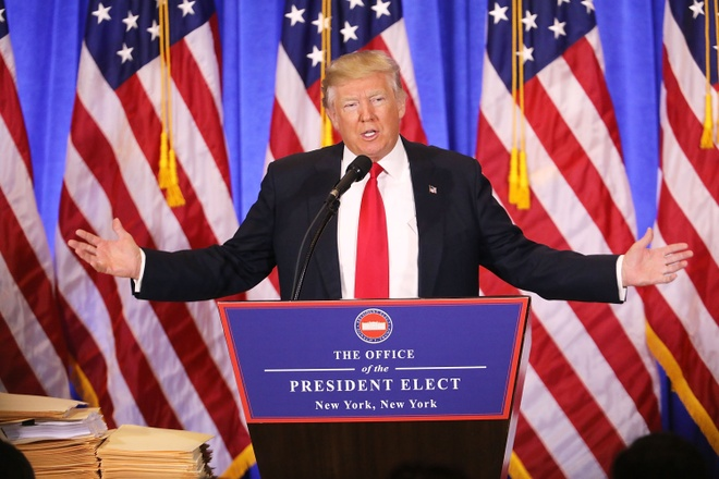 Donald Trump hop bao anh 1