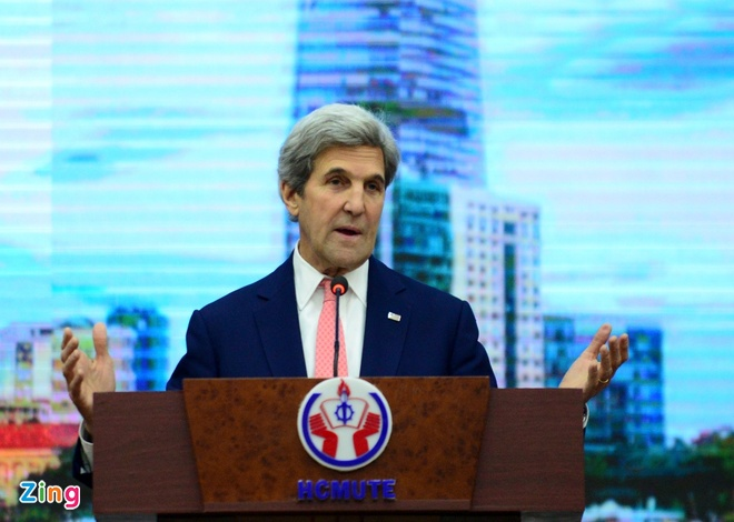John Kerry tai Viet Nam anh 1