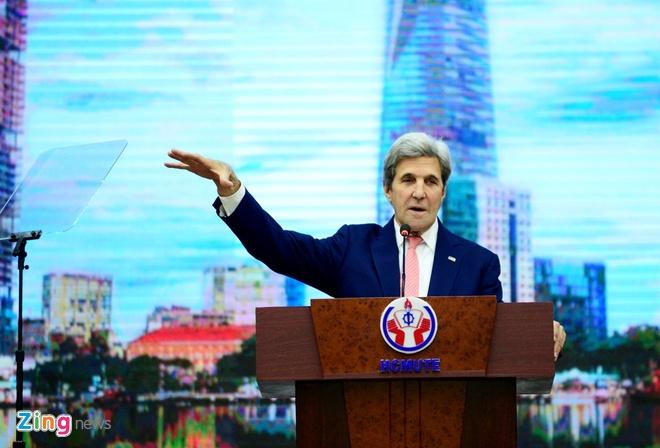 John Kerry tai Viet Nam anh 2