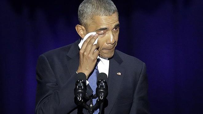 Hashtag tuan qua: Nuoc mat Obama, con gian cua Trump hinh anh