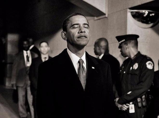 Le nham chuc cua Obama gio nay 8 nam truoc hinh anh