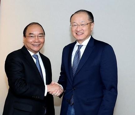 Thu tuong Nguyen Xuan Phuc tiep lanh dao WB, WTO hinh anh 1
