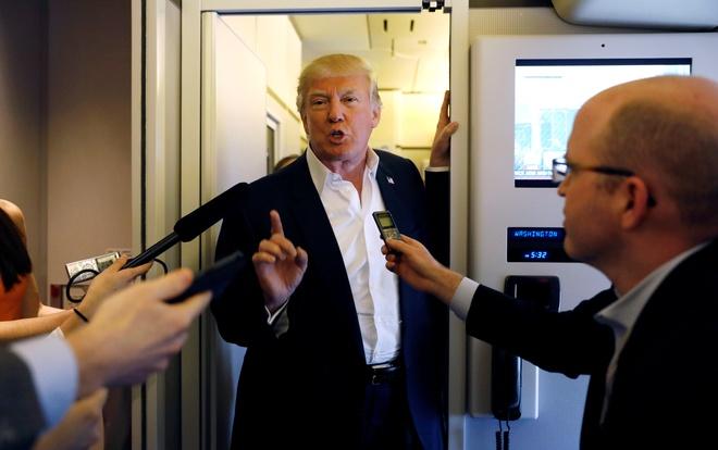 Chinh quyen Trump xem xet mo rong pham vi truc xuat hinh anh