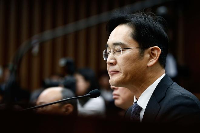 'Thai tu Samsung': Nguoi mac ket giua hai the gioi hinh anh