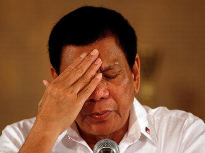 'Sat thu cua Duterte' kien tong thong Philippines ra toa quoc te hinh anh