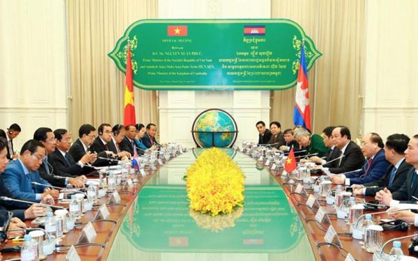 Tuyen bo chung chuyen tham Campuchia cua Thu tuong Nguyen Xuan Phuc hinh anh 1