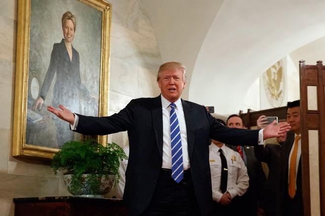100 ngay cua Trump: Nhung khoanh khac dang nho hinh anh