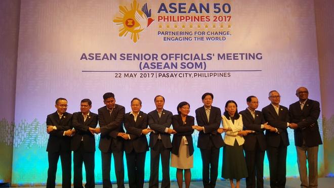 Nang cao vai tro cua ASEAN trong hop tac khu vuc hinh anh