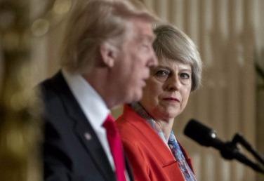 TT Trump se bi thu tuong Anh chat van vi My ro ri tin vu Manchester hinh anh