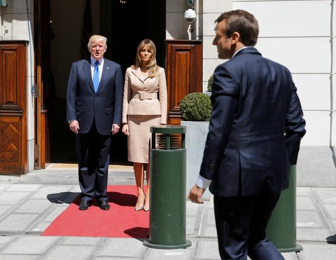 Ong Trump ca ngoi chien thang 'ky vi' cua Tong thong Macron hinh anh 2