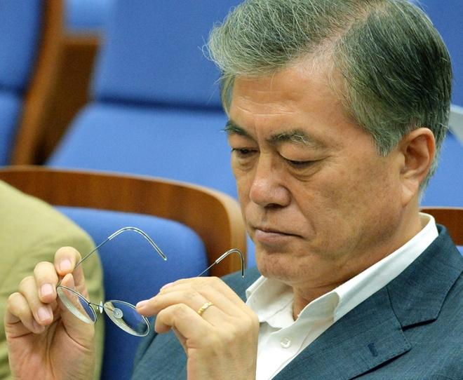 Tong thong Han va kha nang 'quang cao' khong thua ngoi sao Kpop hinh anh