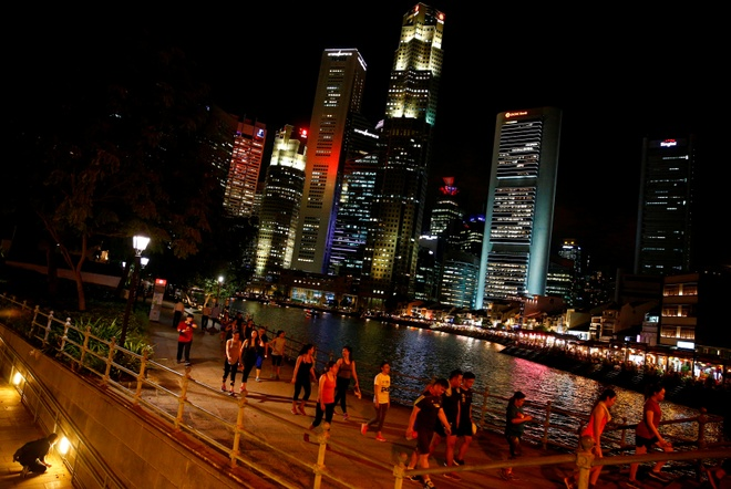 Nguoi Singapore lap doan di suu tam kien hinh anh 1