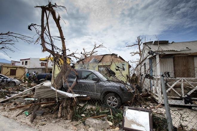 Sieu bao Irma quet qua, Caribe 'bi san phang' o lai hinh anh