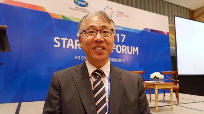 Start-up khong the chi 'cho doi va than van' hinh anh