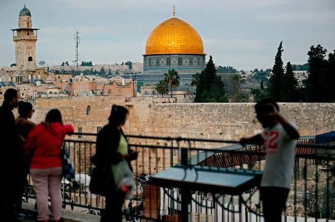Vi sao doi DSQ My toi Jerusalem khien hoa binh bi de doa? hinh anh