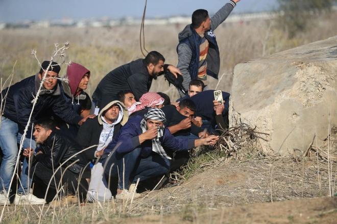 Hai nguoi Palestine chet trong 'ngay cuong no', My bi co lap o LHQ hinh anh