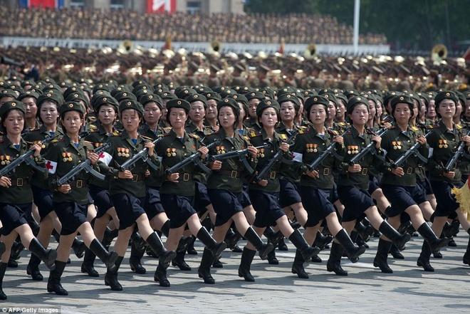 Kim Jong Un tuyen bo Trieu Tien la 'the luc quan su the gioi' hinh anh