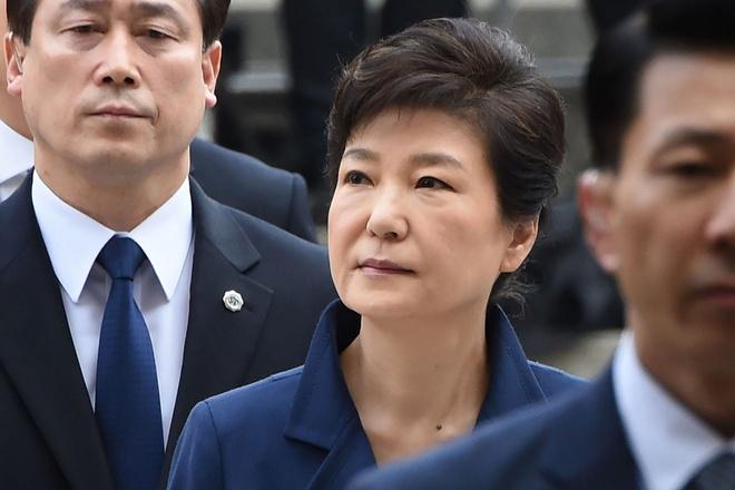 Cuu tong thong Park Geun Hye doi mat an 30 nam tu hinh anh 1