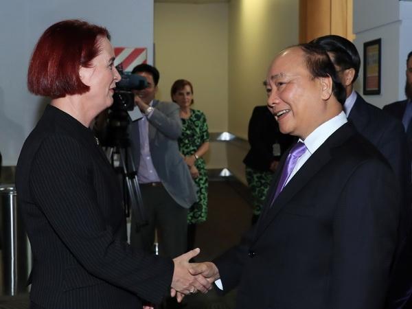 Thu tuong Nguyen Xuan Phuc den New Zealand, bat dau tham chinh thuc hinh anh