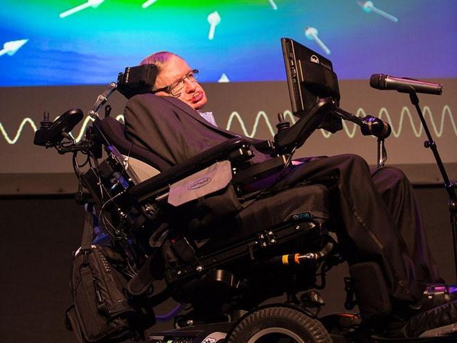 Nha vat ly thien tai Stephen Hawking qua doi o tuoi 76 hinh anh 2