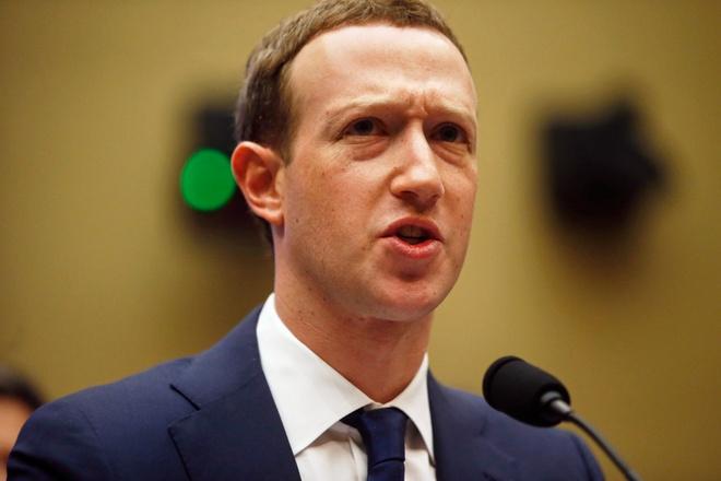 Mark Zuckerberg: Thong tin ca nhan cua toi cung bi lo hinh anh