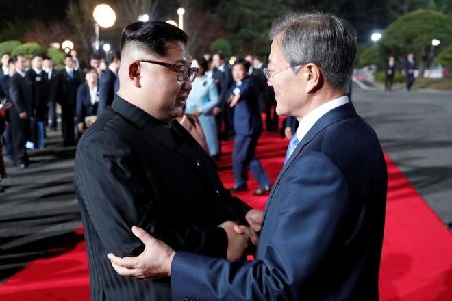 Ong Kim Jong Un 'dau long' vi Han - Trieu dung 2 mui gio khac nhau hinh anh 1