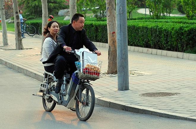 Nhieu thanh pho o Trung Quoc tro ve thoi 'vuong quoc xe dap' hinh anh